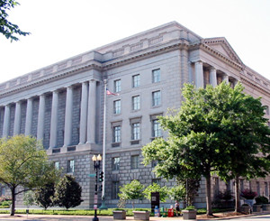 IRS_building_on_constitution_avenue_in_DC[1]