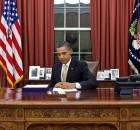 Barack_Obama_signs_HR_3630